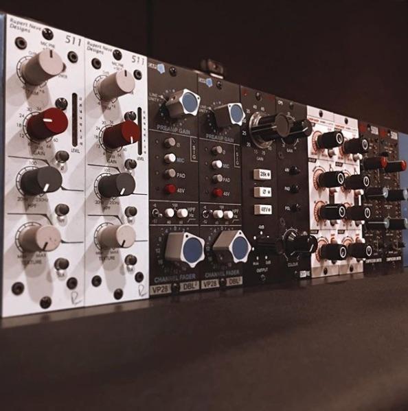 500 Series rack.jpg