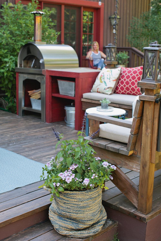 ThatGirlKatie-porch-33.jpg