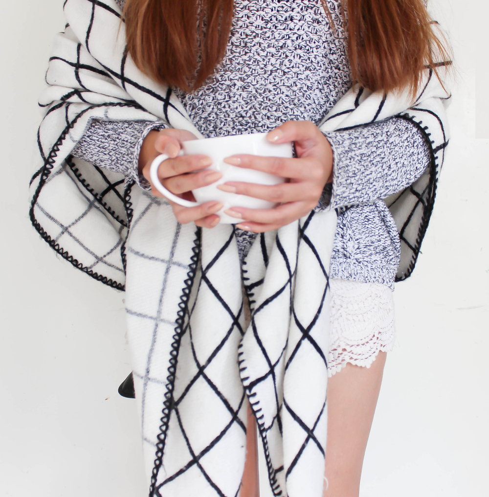 MonicaxGuan blanket scarf square sweater heather grey crochet shorts-15.jpg