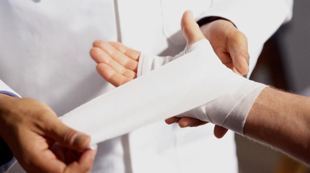 การเรียกร้อง ค่าสินไหมทดแทน    ลูกค้าสามารถได้รับค่าสินไหมทดแทนภายใต้กรณีที่กรมธรรม์คุ้มครอง โดยวงเงินสูงสุดขึ้นอยู่กับประเภทกรมธรรม์ของลูกค้า