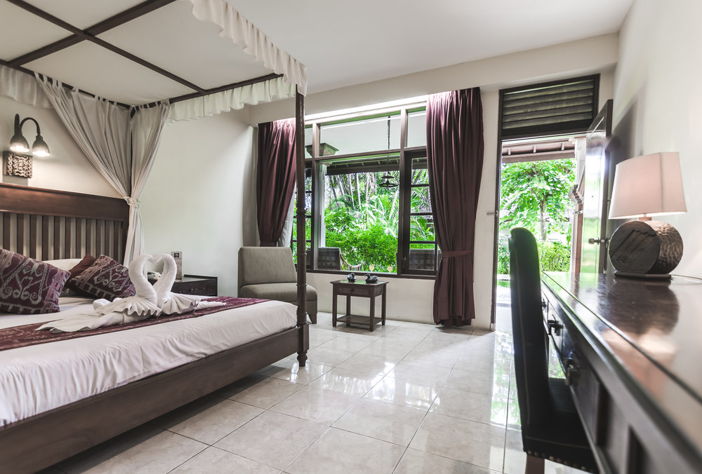 graha-cakra-hotel-denpasar-bali-room.jpg
