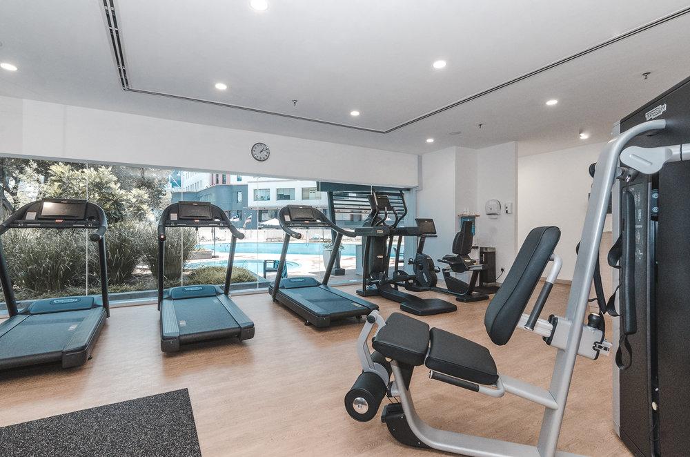 oakwood-hotel-kuala-lumpur-malaysia-gym-treadmills.jpg