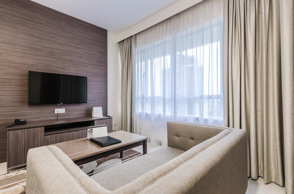 oakwood-hotel-kuala-lumpur-malaysia-living-area.jpg