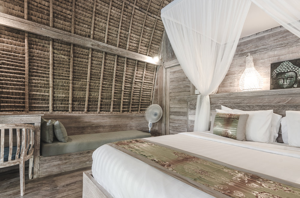 komodo-garden-nusa-lembongan-bali-bedroom-bungalow.jpg