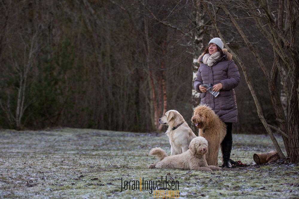 Nina og hundene januar 2017.jpg
