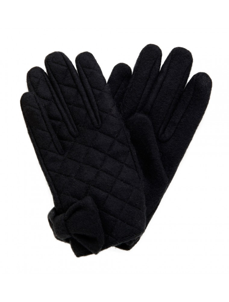 14. Lettie Quilted Bow Gloves