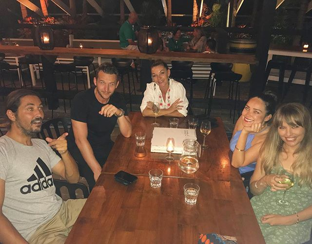 Heart is full.. great friends, good company, cocktails too @bombinigram @sarahlouisemenzies @weave28 @matty16c