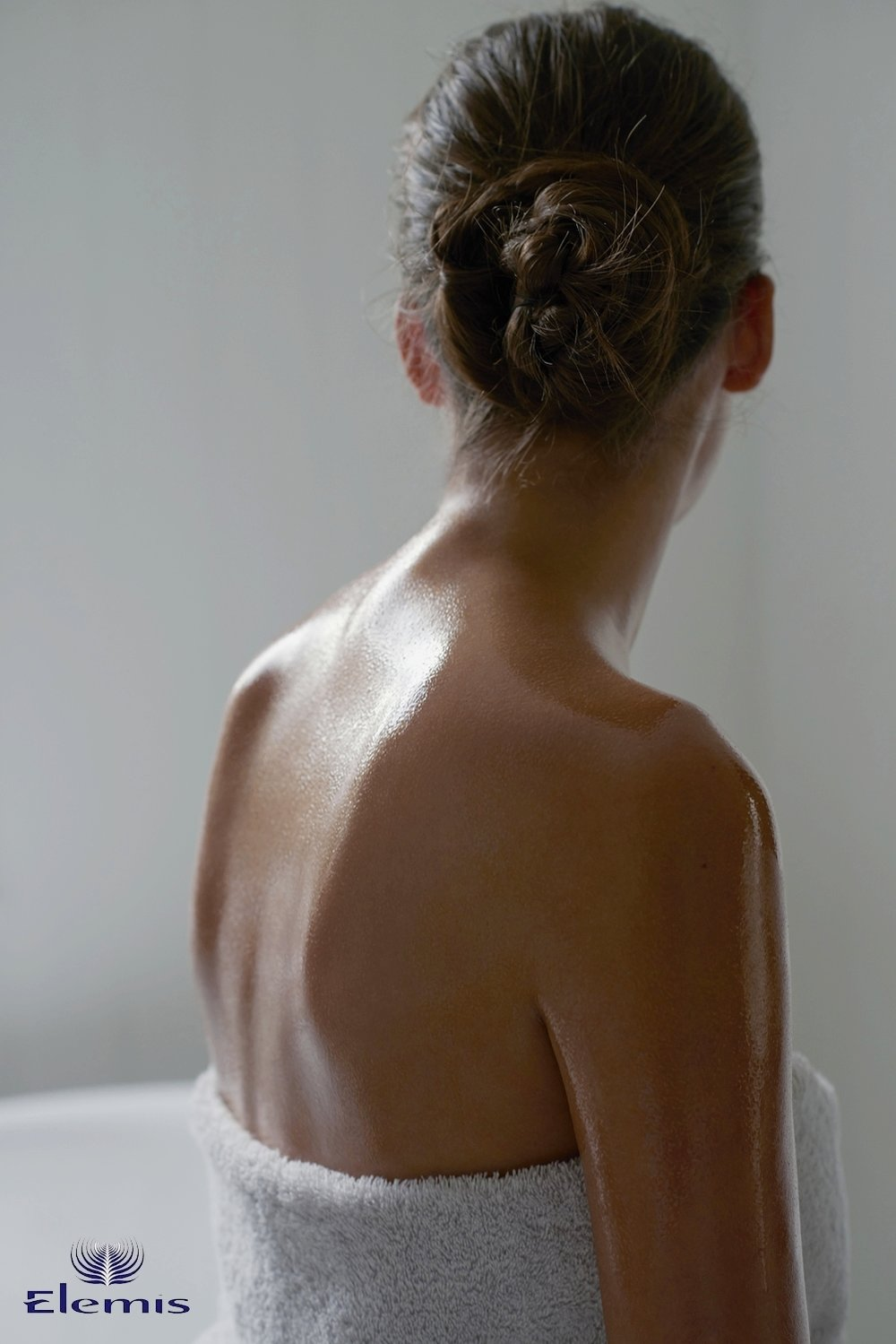 07_Dec14_elemis_bodymoisturising_073_v4 copy.jpg