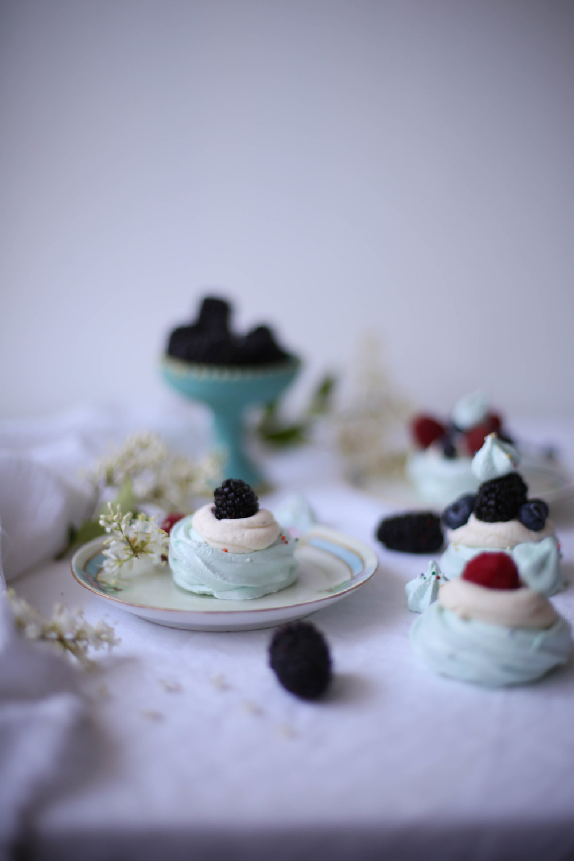 BlueberryMeringues-7.jpg