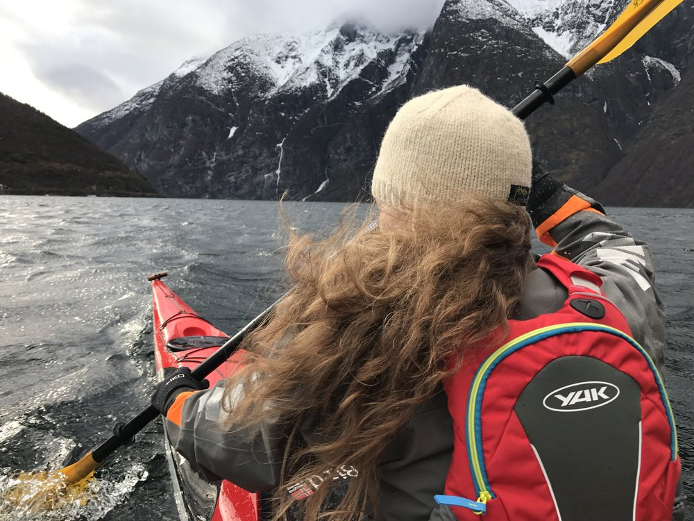 Experienced guides from Bulder & Brak Adventures will take you kayaking on the beautiful Sognefjord also during the winter.