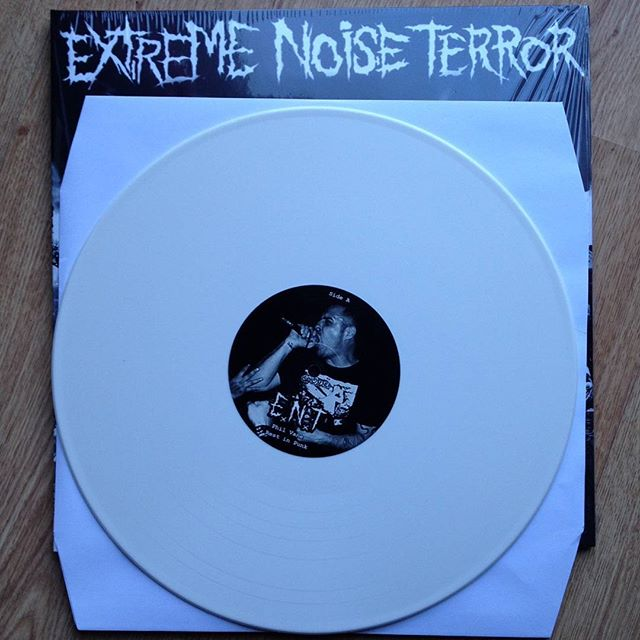 And here's the inside of the sexy new record. Available now. Link in bio. #extremenoiseterror #ripphilvane