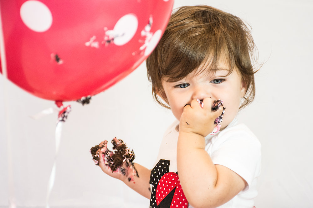 Book your child's cake smash session today.