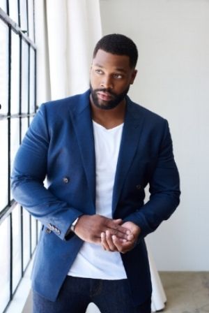 """I am honored to host The 2nd Annual AGORA Sneakerball! Kicks 4 the City has special a place in my heart and has become my family"" - LaRoyce Hawkins"