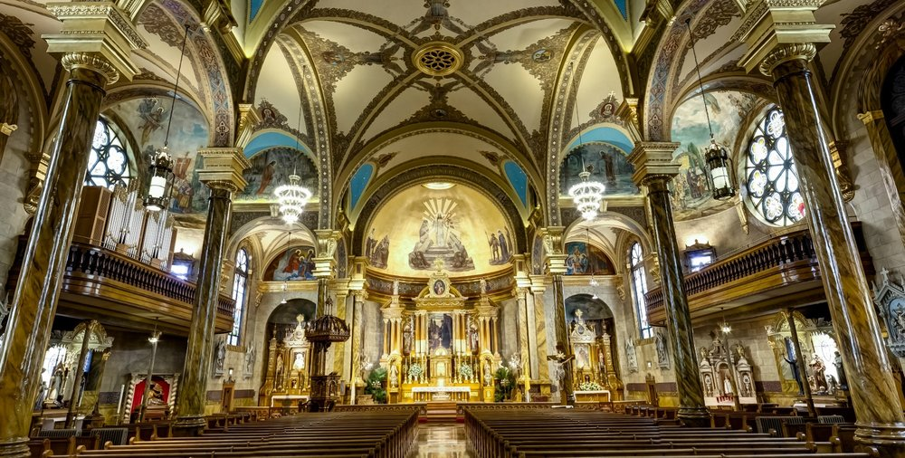 cantius-church-chicago-wide.jpg