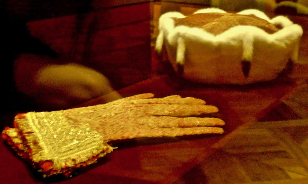 Ceremonial hat and gloves worn by Karl as king of Bohemia, a territory now located in the Czech republic