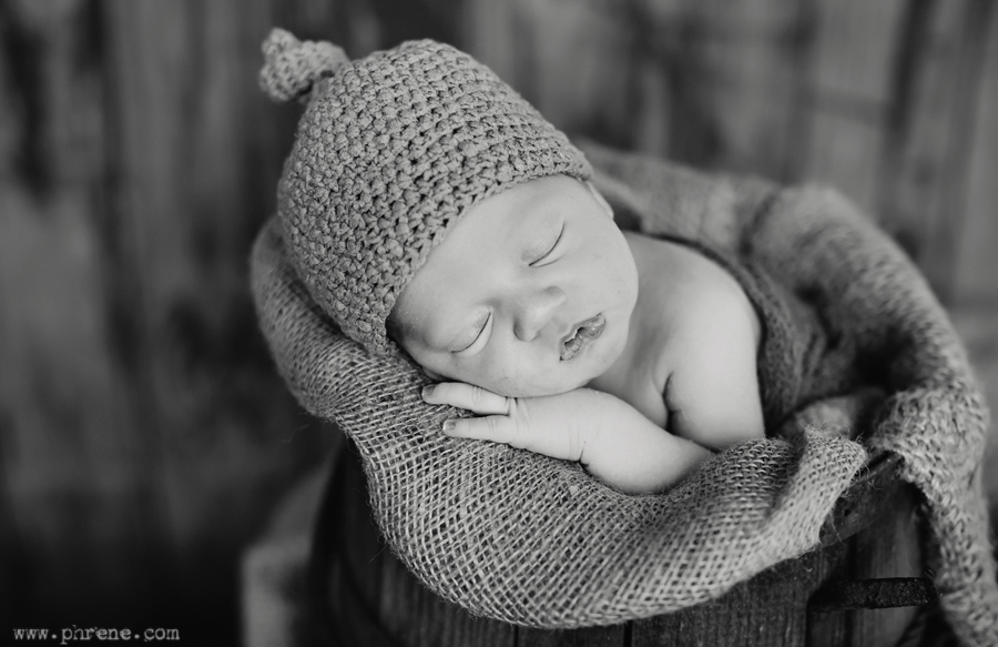 michigan-rustic-newborn-photography05