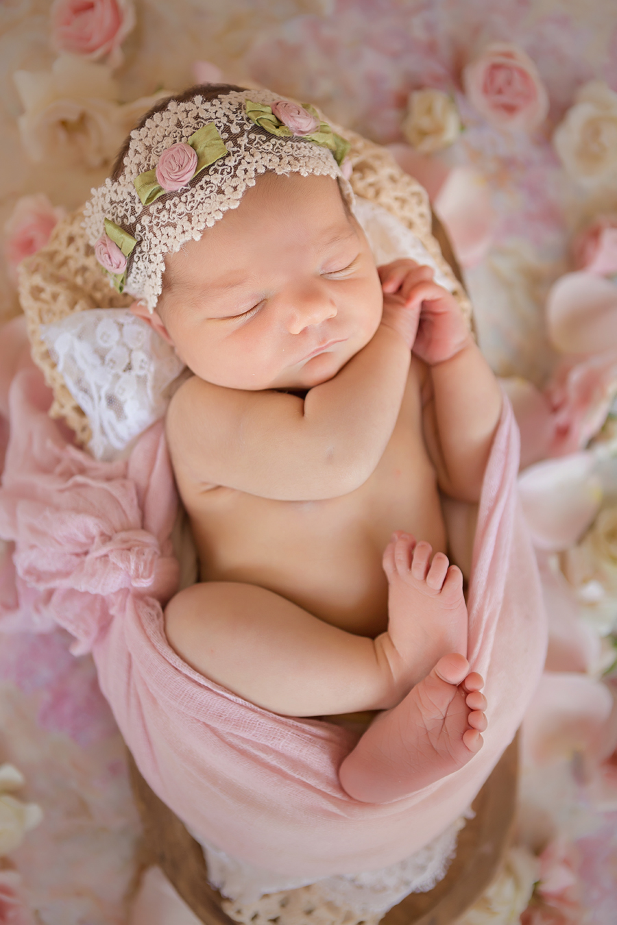GrandRapidsnewbornphotographer17.jpg