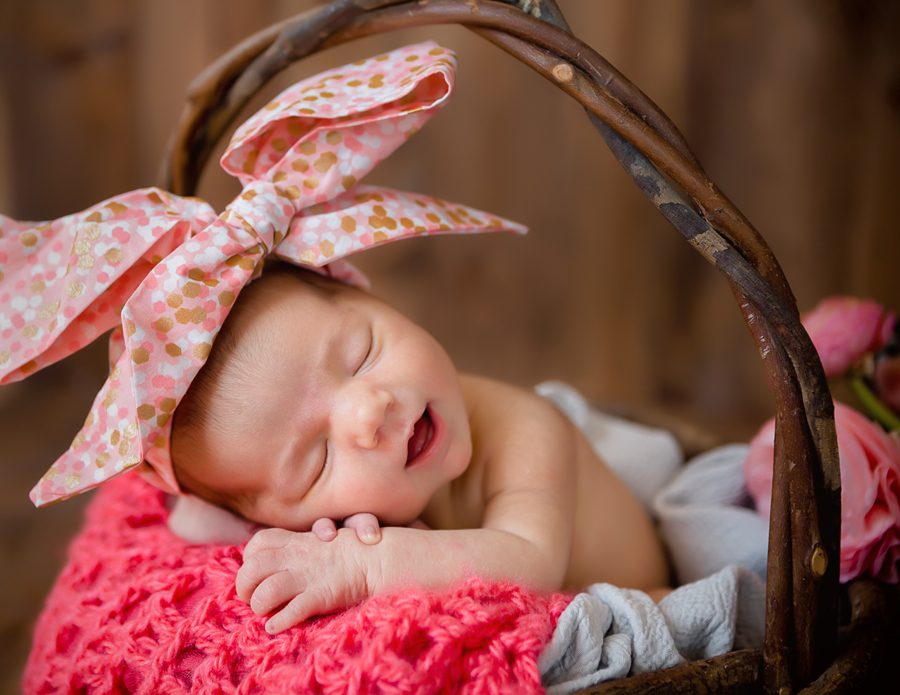 GrandRapidsnewbornphotographer19.jpg
