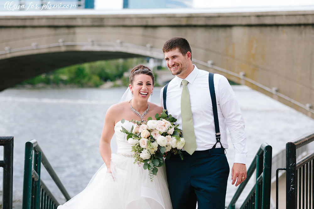Bridge_Water_Place_Wedding_082.jpg
