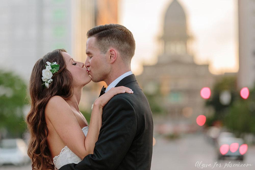 Lansing_Center_Wedding_47.jpg