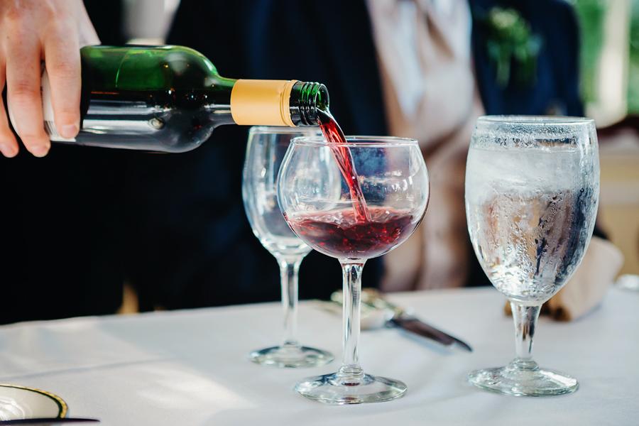 Kent Country Club Wedding110.jpg