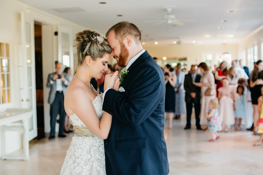 Kent Country Club Wedding171.jpg