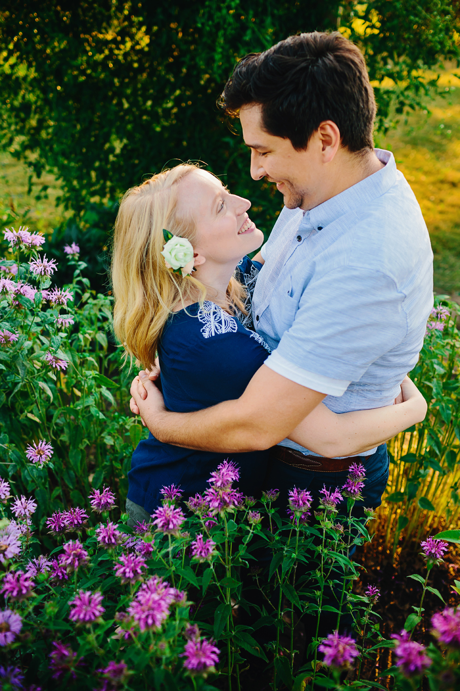 field of flowers engagement photography009.jpg