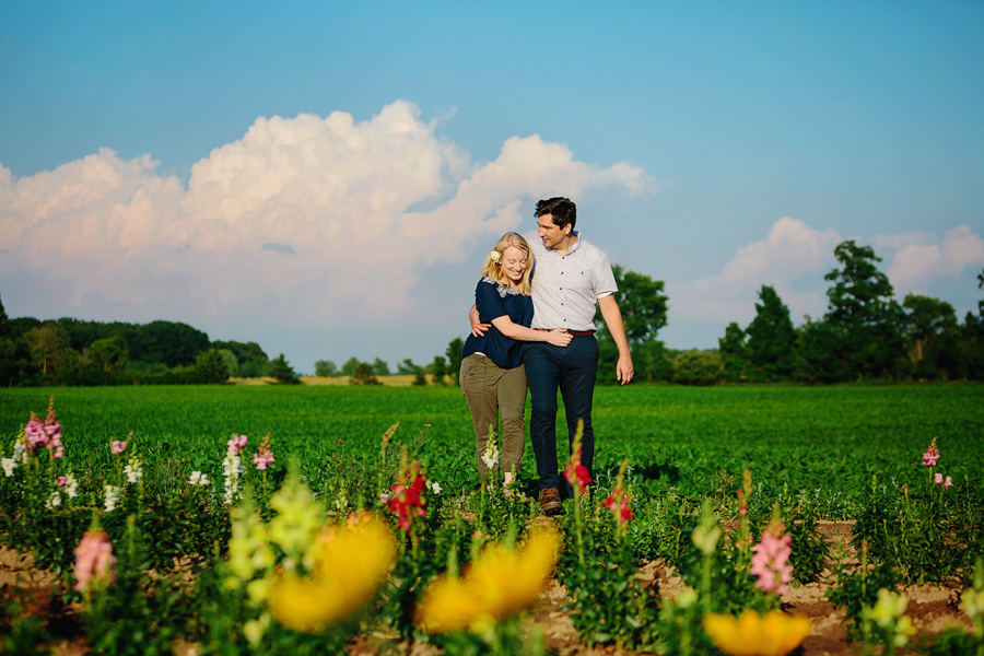 field of flowers engagement photography020.jpg