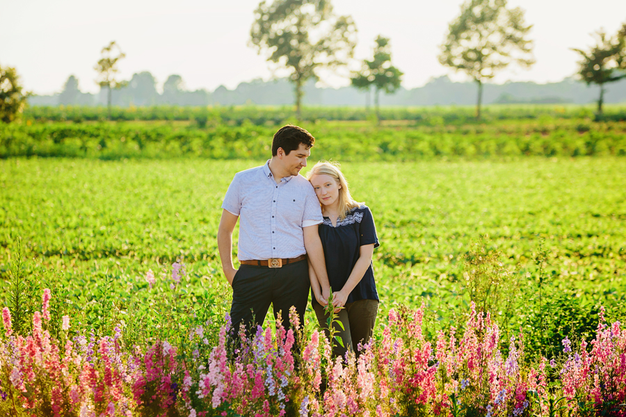 field of flowers engagement photography031.jpg