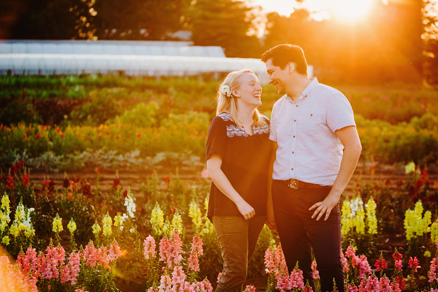 field of flowers engagement photography042.jpg
