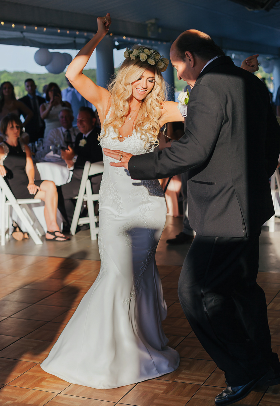 Bay Pointe Inn Wedding201.jpg