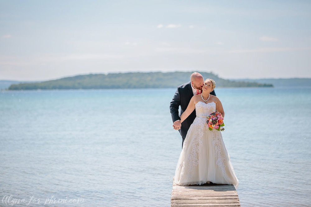 Traverse_City_Wedding_033.jpg