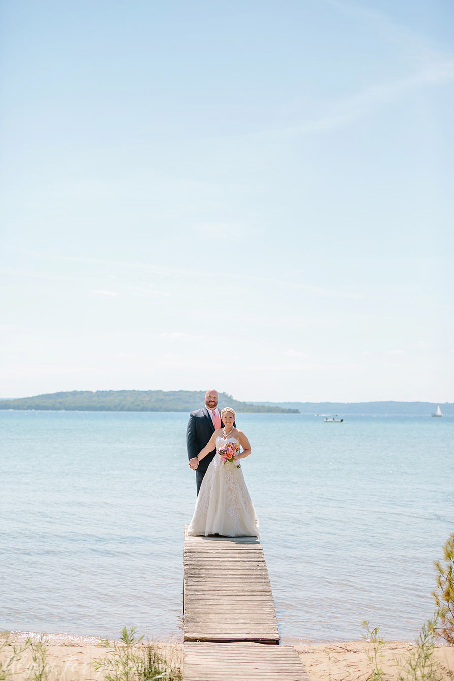 Traverse_City_Wedding_034.jpg