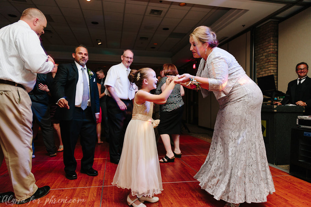Johnson_Park_Wedding_114.jpg