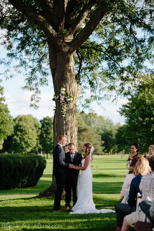 Sunnybrook_Country_Club_Wedding095.jpg