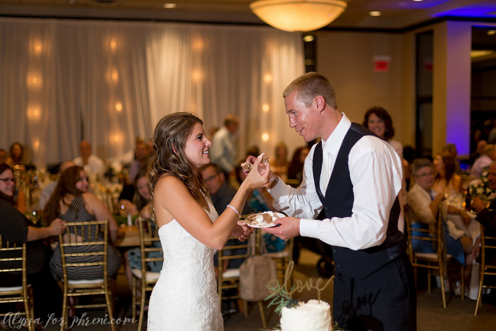 Sunnybrook_Country_Club_Wedding137.jpg