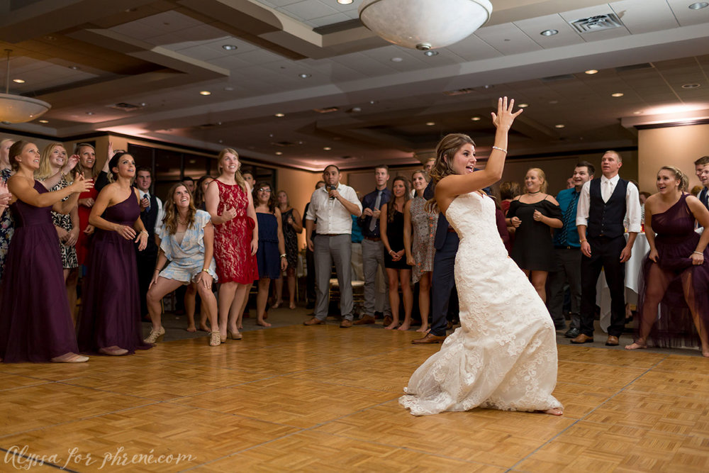 Sunnybrook_Country_Club_Wedding154.jpg