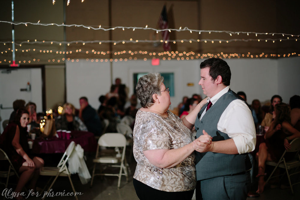Allegan_Wedding_112.jpg