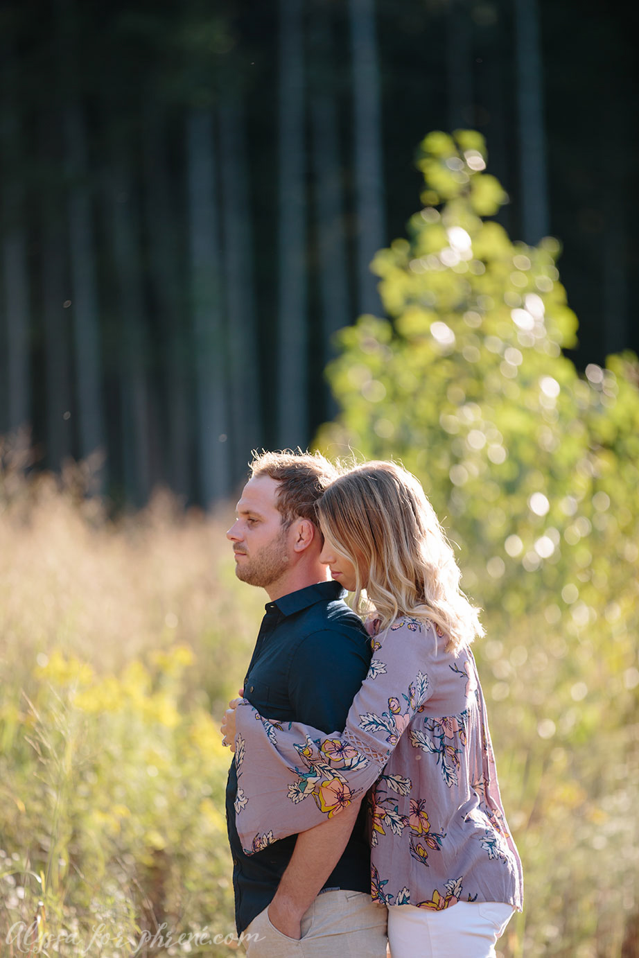 Grand_Rapids_Engagement_Photographer_18.jpg