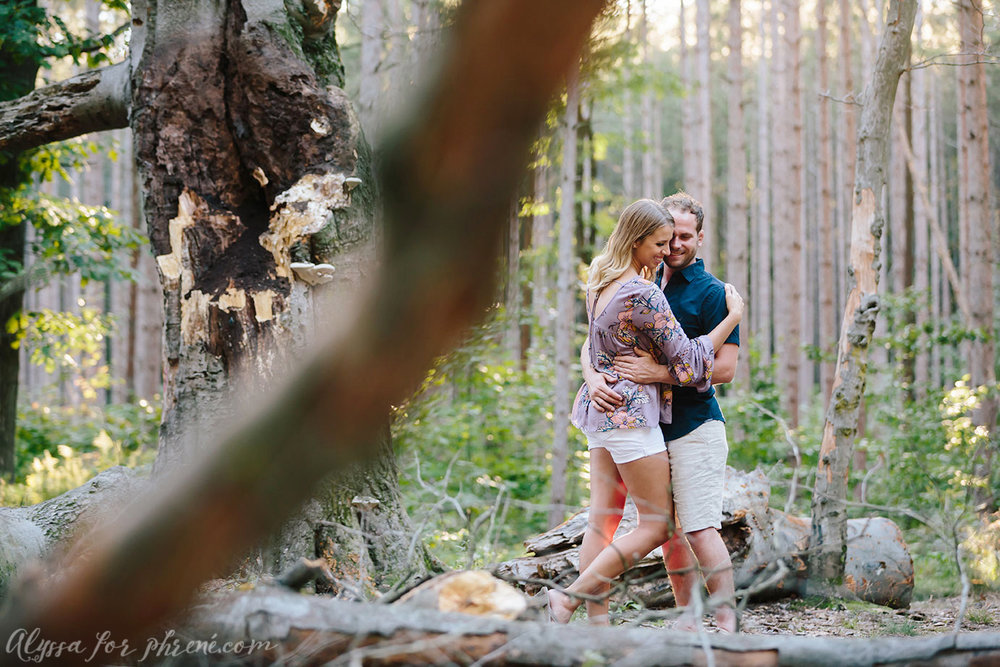 Grand_Rapids_Engagement_Photographer_21.jpg