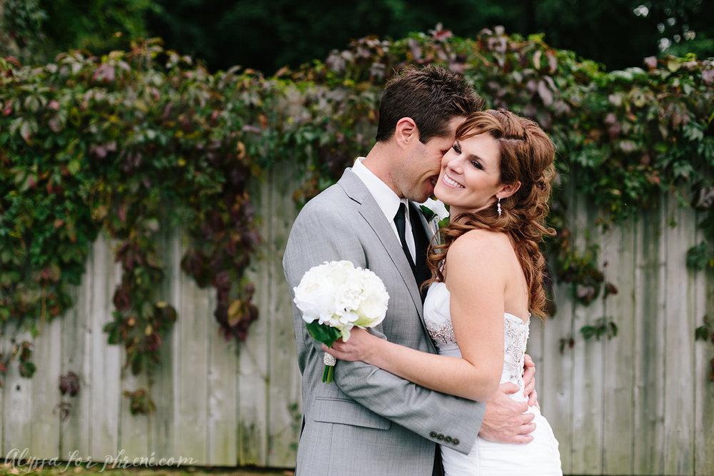 Kalamazoo_Wedding_33.jpg