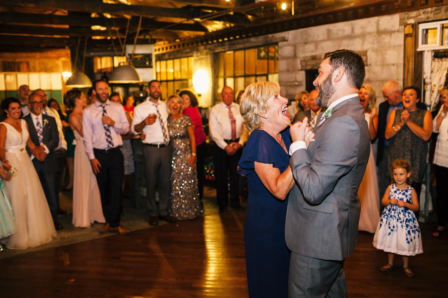 Sundance Studios Benton Harbor MI Wedding172.jpg