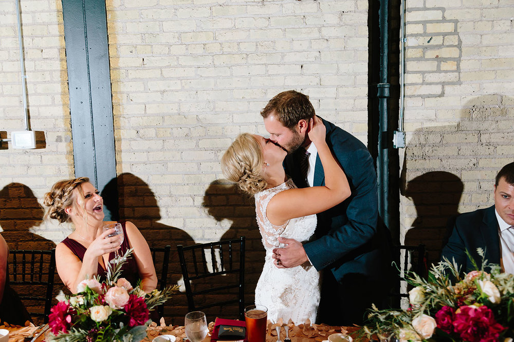 The_New_Vintage_Place_Wedding_092.jpg