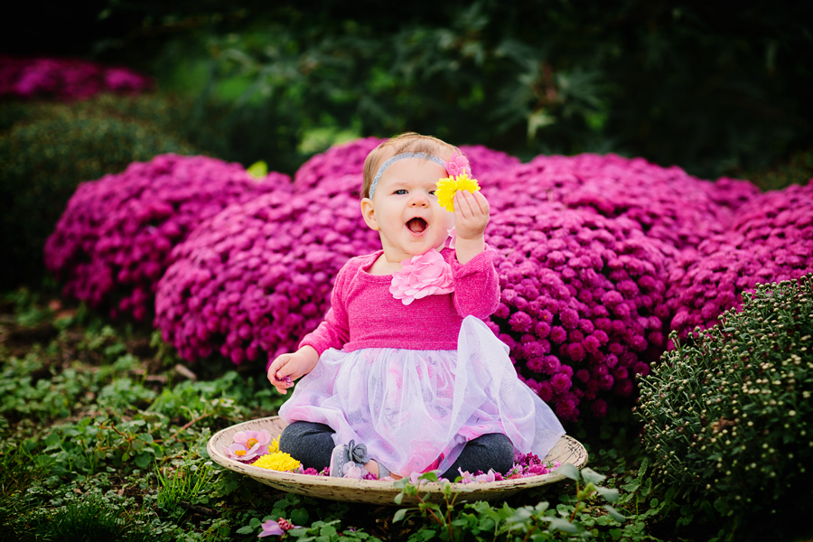 1year-baby-pumpkin-patch-photography07.jpg