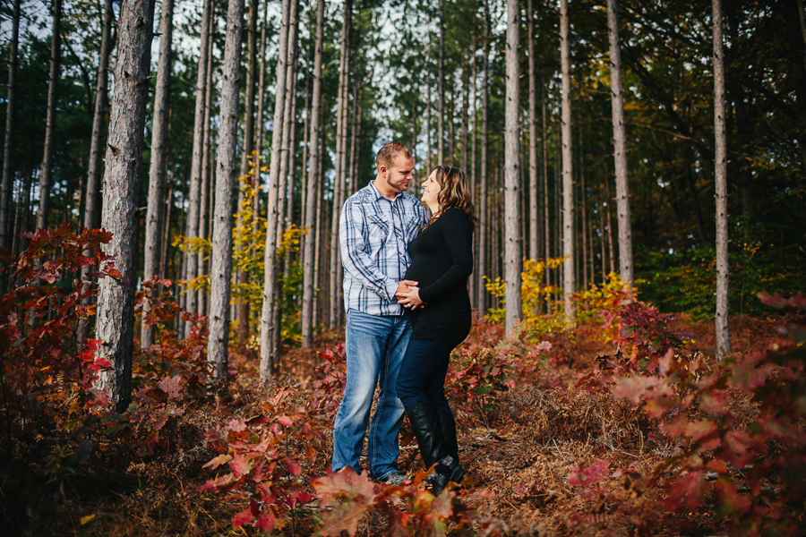 romantic-maternity-woods04.jpg