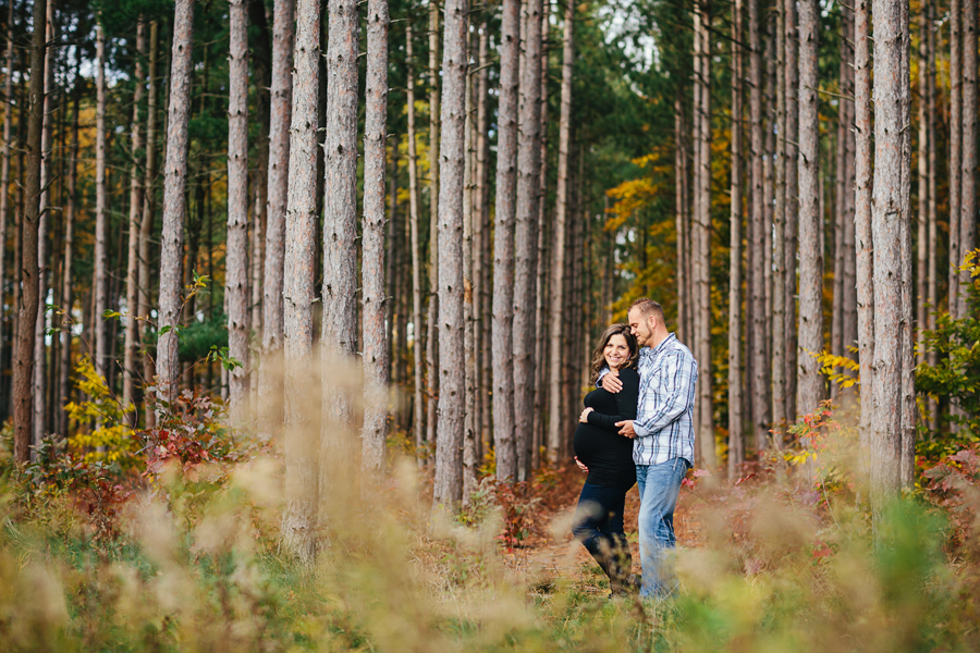 romantic-maternity-woods06.jpg