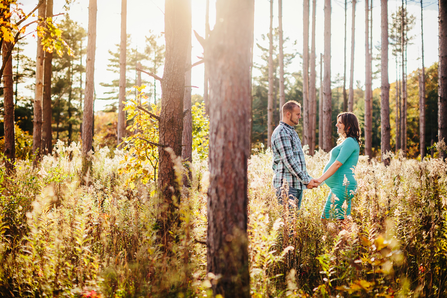 romantic-maternity-woods07.jpg