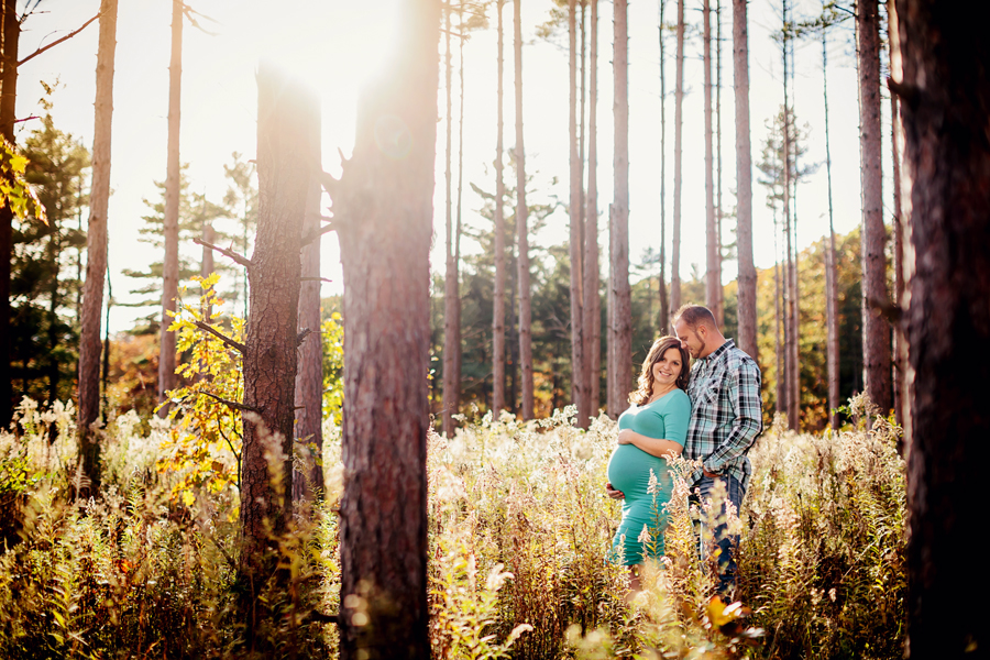 romantic-maternity-woods08.jpg