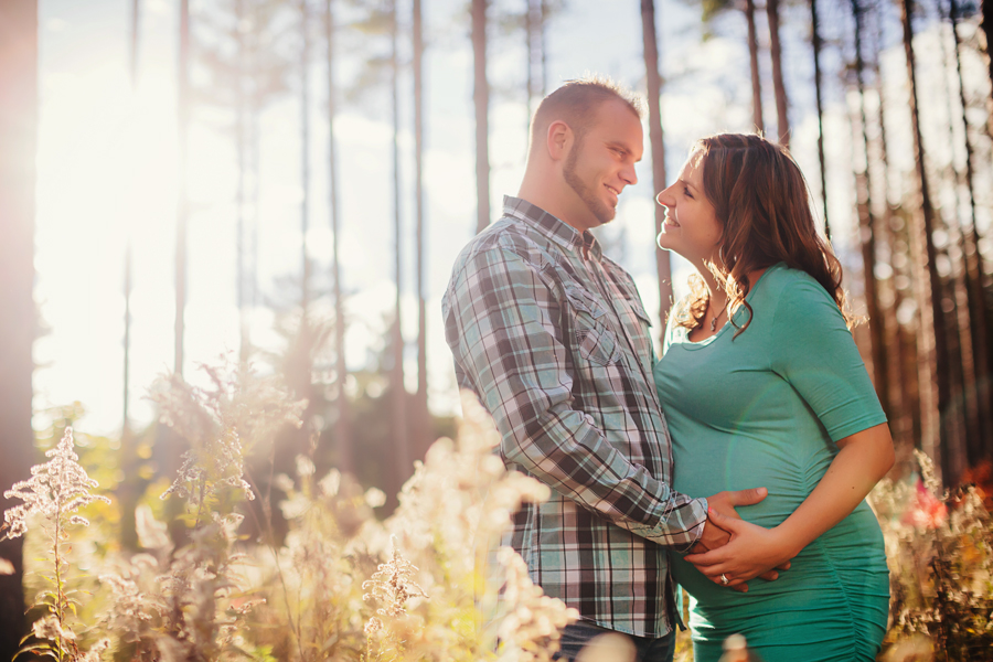 romantic-maternity-woods10.jpg