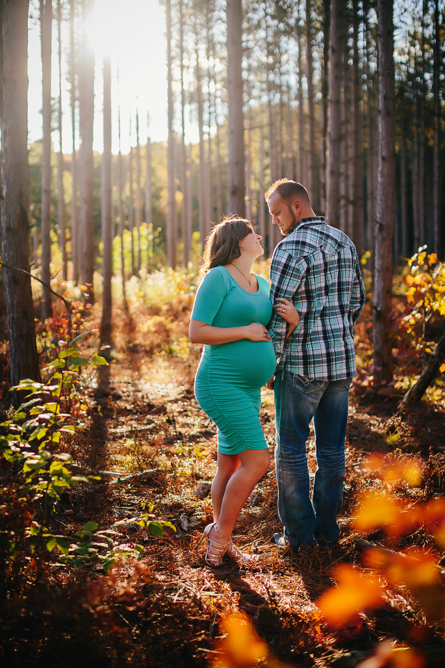 romantic-maternity-woods19.jpg